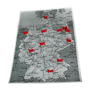 20 marker flags, red