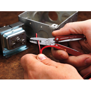 Leatherman Multitool SQUIRT ES4 Red
