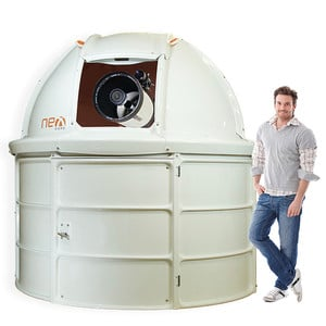 NexDome Sternwarte 2,2m mit drei Buchten