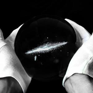 CinkS labs La Via Lattea in una sfera di vetro