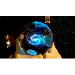 CinkS labs La Vía Láctea en una bola de cristal
