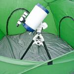 Das Zelt bietet richtig viel Platz für Ihr Teleskop, Beobachtungsstuhl und Zubehör.