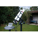Così appare montato: l'apocromatico 127 mm Omegon su una montatura EQ-6 con equipaggiamento complete per l'astrofotografia.