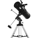 The 6x30 Finder Scope lets you locate objects in the sky which can then be observed more closely in the telescope.