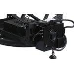 Deux moteurs, pour élévation et azimut, avec serrage ergonomique et raquette SynScan