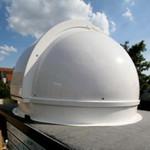 Pulsar Cúpula para observatorio de 2,2 m con anillo