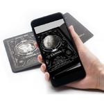 Grâce à l'application de réalité augmentée pour votre smartphone, vous pouvez donner vie à Diane, la déesse de la Lune. Elle se transforme en un modèle lunaire interactif qui peut être exploré sous tous ses angles.