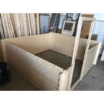 Aufbau aus Holzdielen