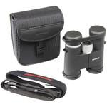 El volumen de suministro incluye una robusta bolsa de transporte, tapas para objetivo y ocular y correa de transporte.